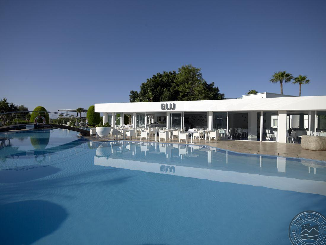 Falseso white boutique suites 5 айя напа