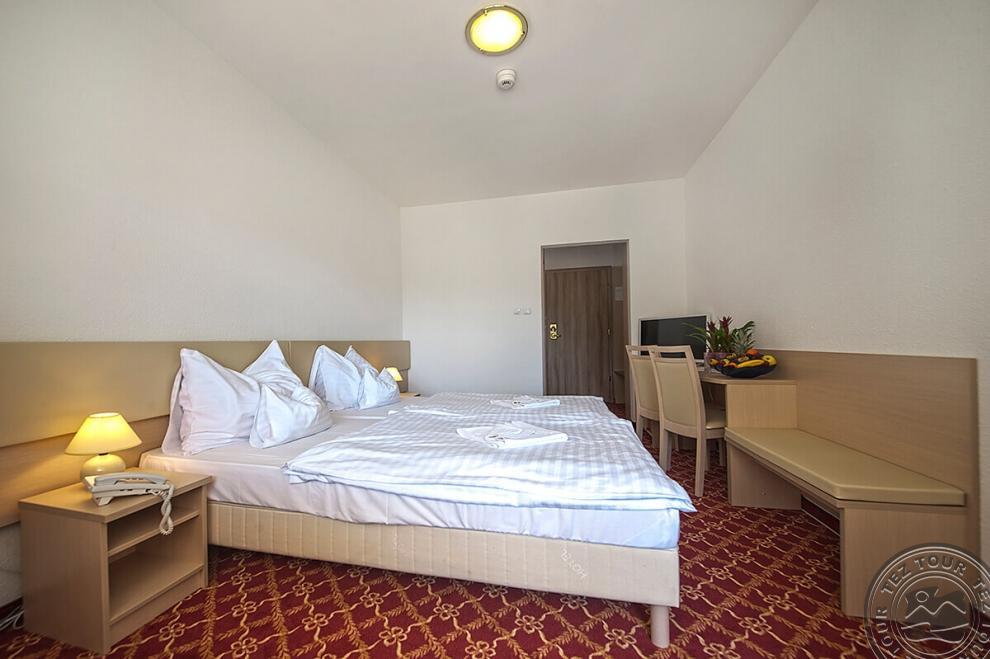 Отель SOGGIORNO DOLOMITI (MAZZIN) 3* в Италии: Бронирование, цены и ...
