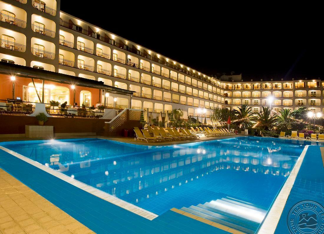 Hilton naxos. Rg Naxos Hotel Giardini Naxos